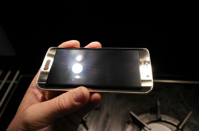Samsung, Clear View problemini araştırıyor