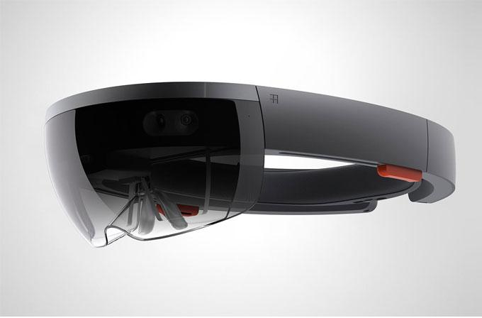 """HoloLens, oyun konsollarından """"önemli derecede"""" pahalı olacak"""