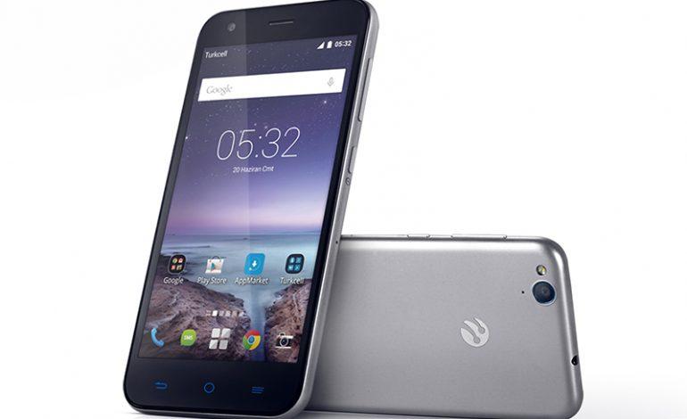 Turkcell'in en akıllı telefonu T60 satışa sunuldu