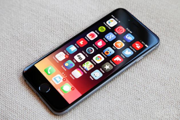 iOS 8.4 birkaç saat içinde jailbreak edildi