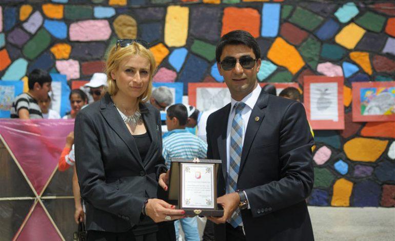 Kardelen öğretmen Mavili Akbudak'ın Mardin'deki okuluna Turkcell'den destek