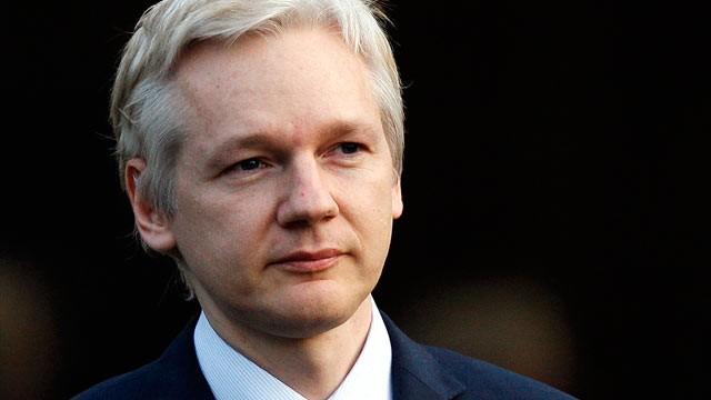 """Julian Assange: """"Güney Amerika'nın iletişimi NSA tarafından takip ediliyor."""""""