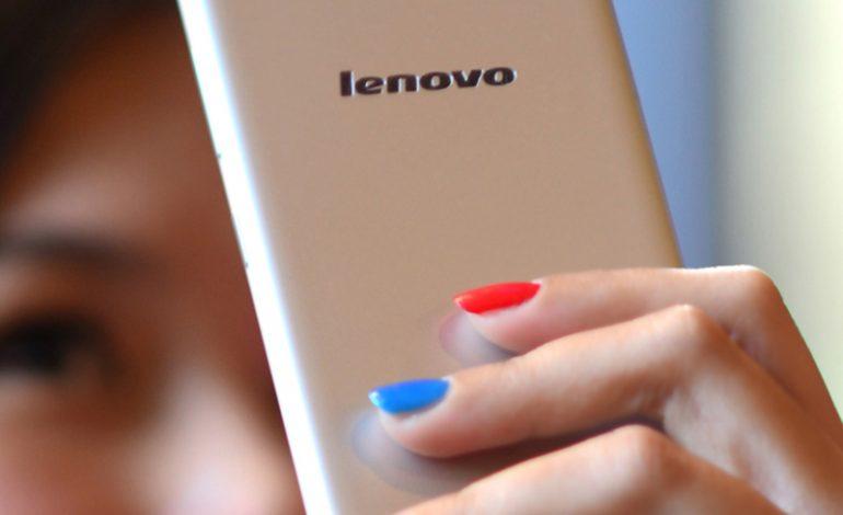 Lenovo S90 ile yaz partilerinin flaşı sen ol