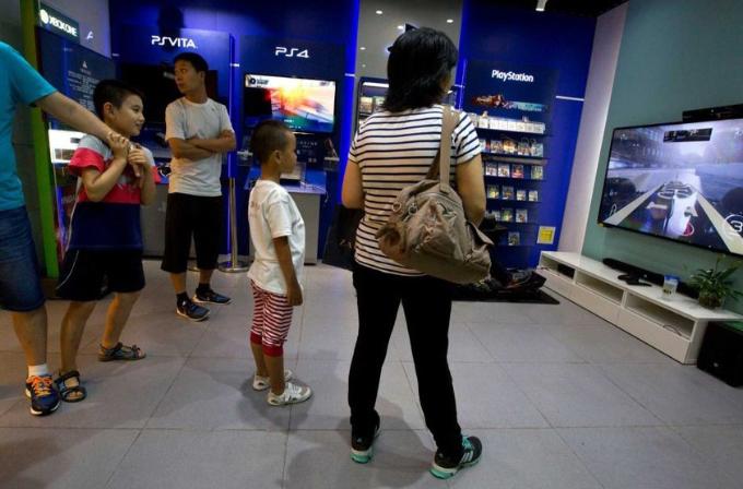Çin'de 15 yıllık oyun konsolu yasağı kalktı