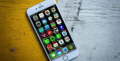 Apple, bozuk pile sahip eski iPhone'ları yavaşlatıyor mu?
