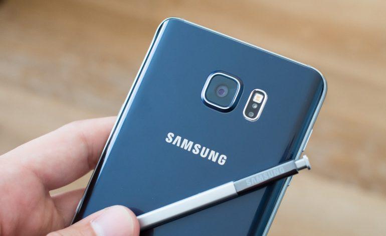 Samsung'dan 4100 mAh'lık Galaxy Note 5 geliyor