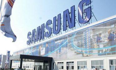 Samsung Galaxy A9 şekilleniyor