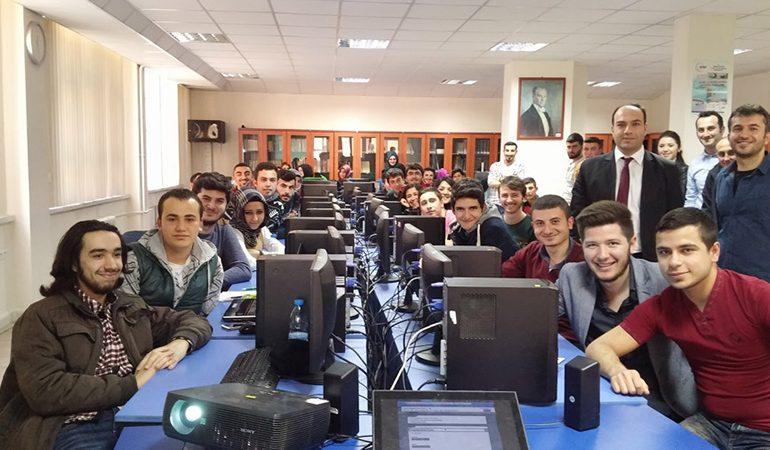 Turkcell, geleceği üniversitelerde yazıyor