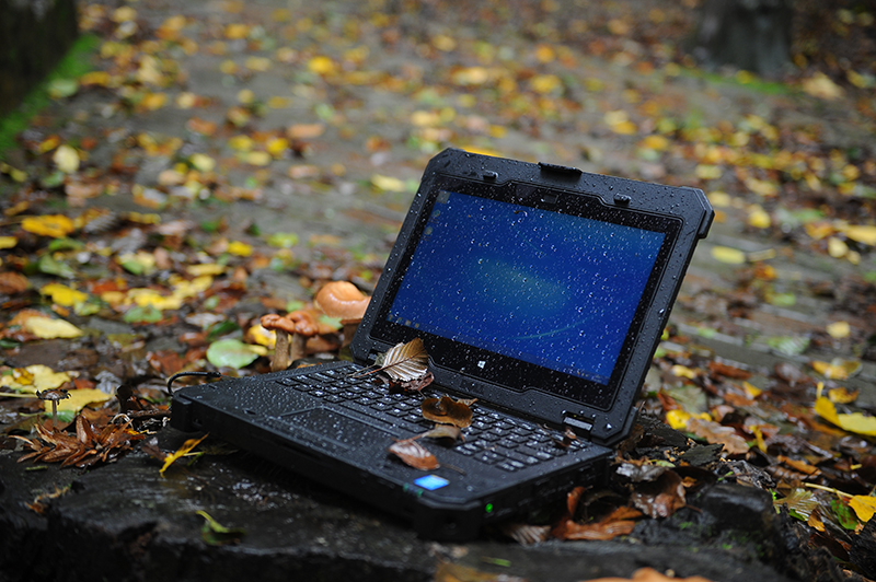1445608929_Dell_rugged_12_extreme_2