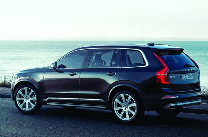 Volvo kendi kendine giden araçlardaki tüm kazalarda tam sorumluluk alacak