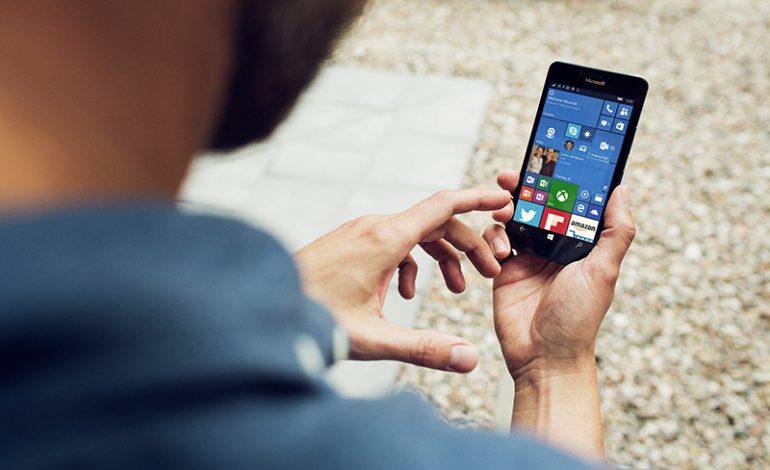 Windows 10 tabanlı Microsoft Lumia 950  ve Lumia 950 XL Türkiye'de satışa çıkıyor