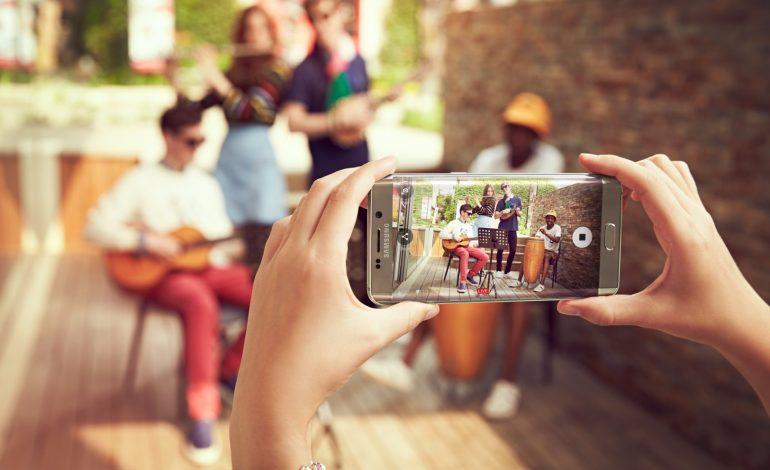 Samsung'un akıllı telefon pazarındaki payı düştü