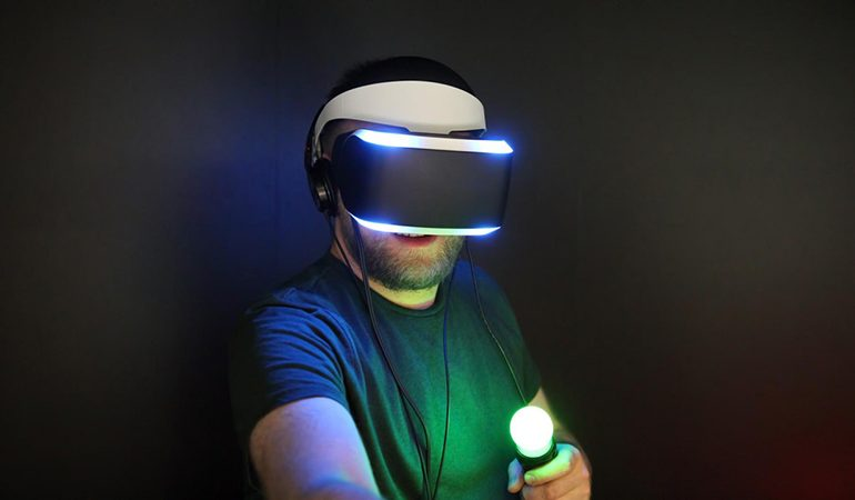ThermoReal ile VR oyunlarında sıcak, soğuk ve hatta acı bile gerçek oluyor