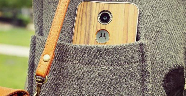 Motorola'nın süpriz teklifleriyle sevgilinizi şaşırtın