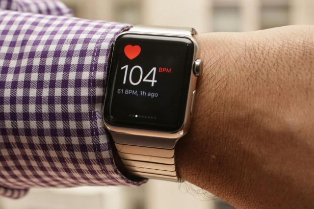 Kalp krizi geçiren adamı Apple Watch kurtardı