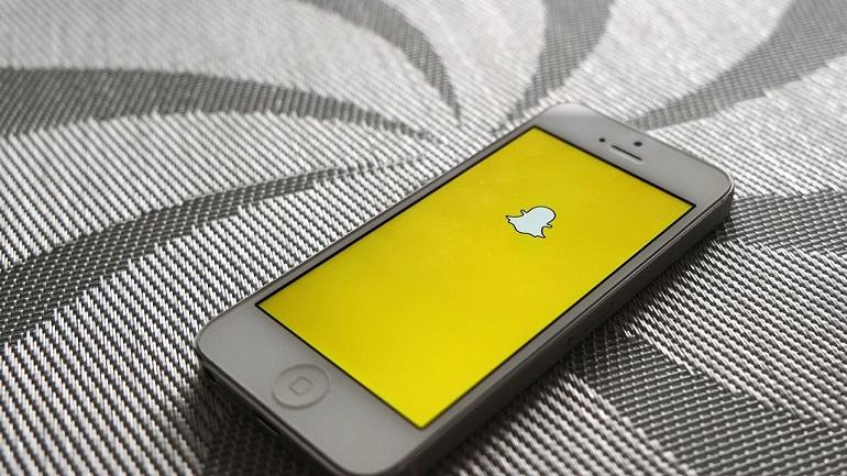 Snapchat, Online Teknoloji Dergisi Çıkartıyor