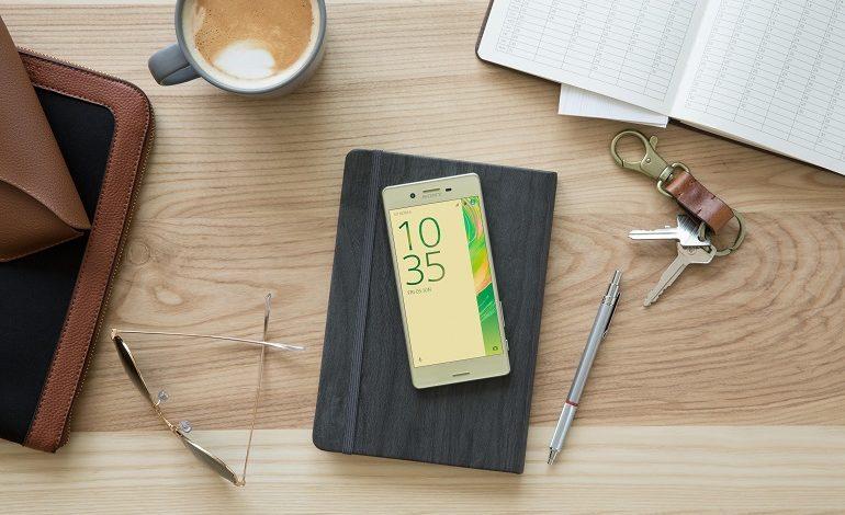 Sony Xperia X Kutu Açılışı ve İlk Bakış
