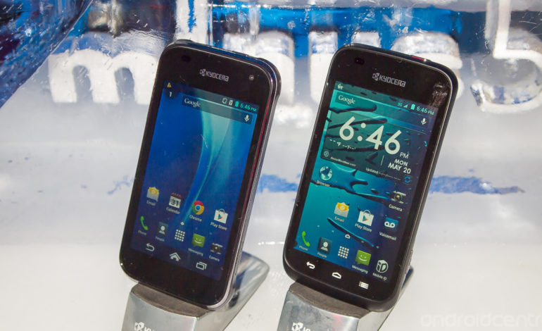 80$'lık Suya Dayanıklı Telefon