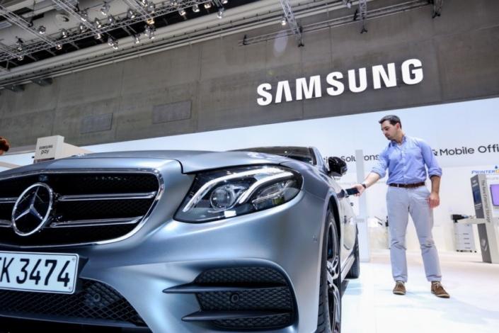 Samsung ve Mercedes-Benz'den Geleceğin Otomobiline Göz Kırpan İşbirliği