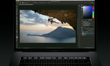 Adobe Photoshop, MacBook Pro Touch Bar Destekliyor