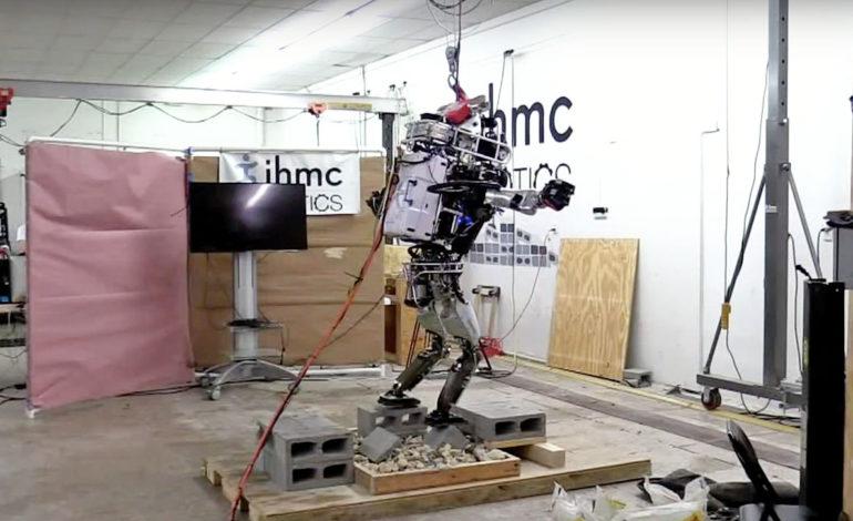 Boston Dynamics'in Robotu Yakalama Konusunda Yetenekli