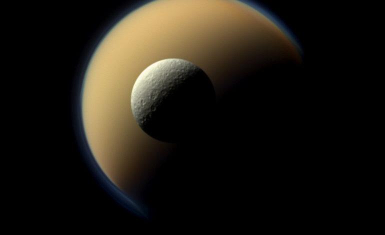 Cassini, Titan'da İlginç Bulutlar Fotoğraflamayı Başardı
