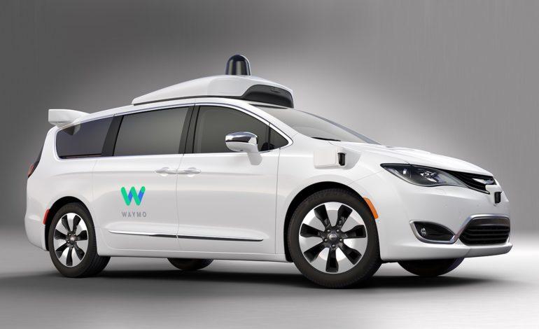 Google'ın Waymo Markası için 100 Chrysler Minivan Hazır