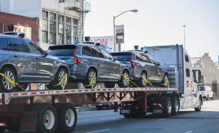 Uber Sürücüsüz Araçlarını San Francisco'dan Arizona'ya Taşıyor