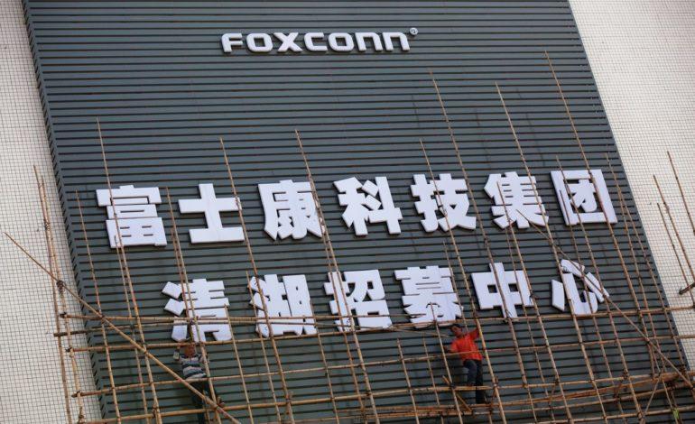 Foxconn Üretimi Tamamen Robotlara Devretmenin Peşinde