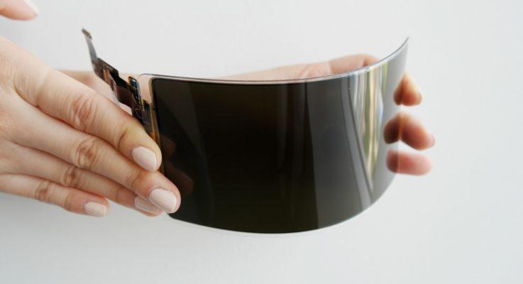 Samsung kırılmaz OLED panelini duyurdu!