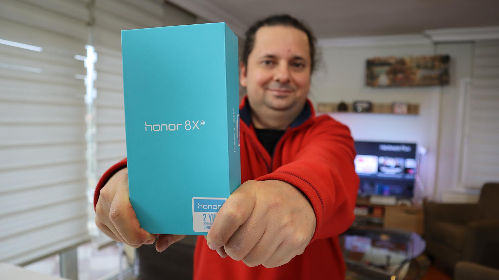 Kim kullanmak ister Honor 8X