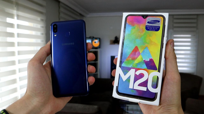 Samsung Galaxy M20 kutu açılışı | 5.000 mAh bataryalı telefon!