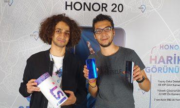 Honor 20 Türkiye'de! Fiyatını ve özelliklerini sorduk