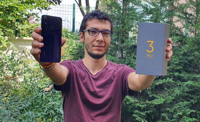 Realme 3 Pro kutu açılışı – Merakla beklenen telefon ofiste!