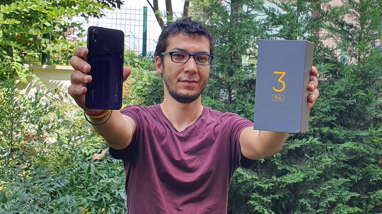 Realme 3 Pro kutu açılışı - Merakla beklenen telefon ofiste!