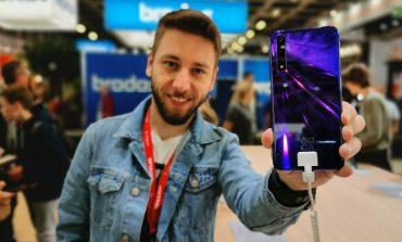 Huawei Nova 5T ön inceleme - Türkiye'ye gelebilir!