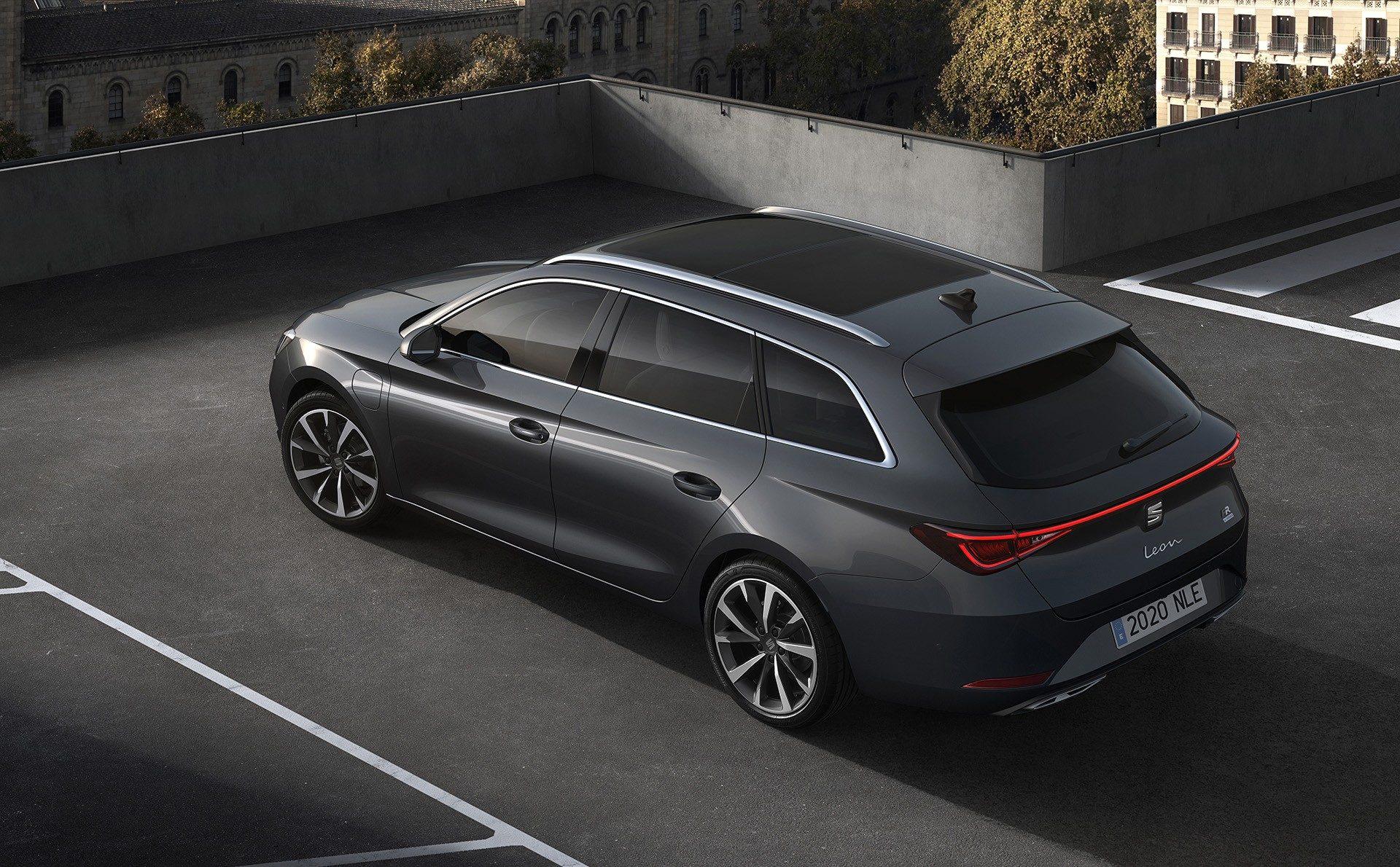 2020-Seat-Leon-Hatch-Estate-18