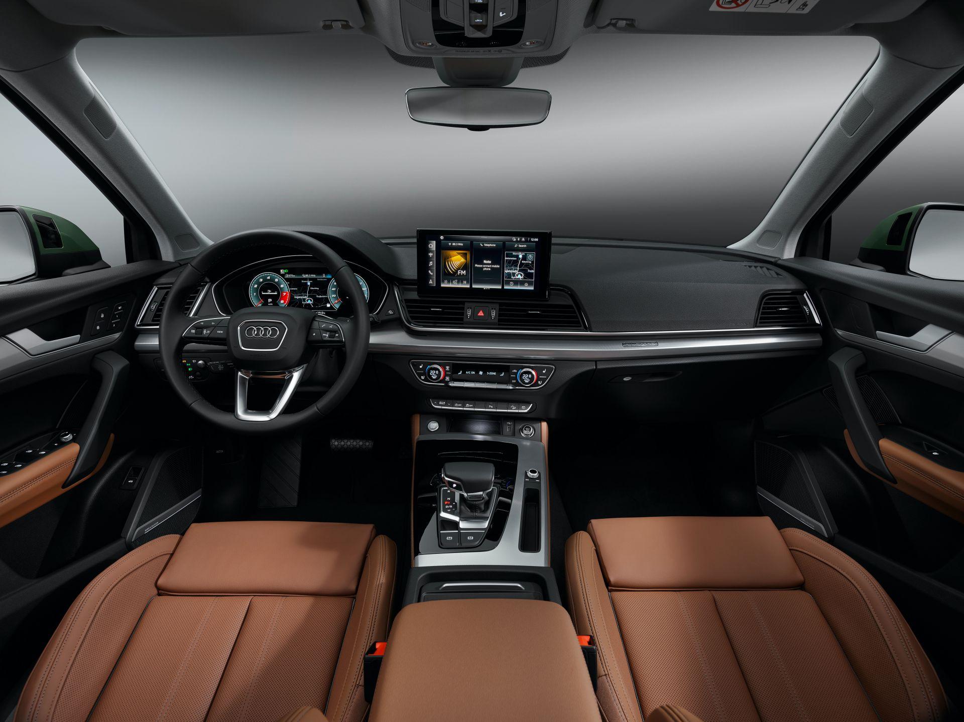 2021-Audi-Q5-48