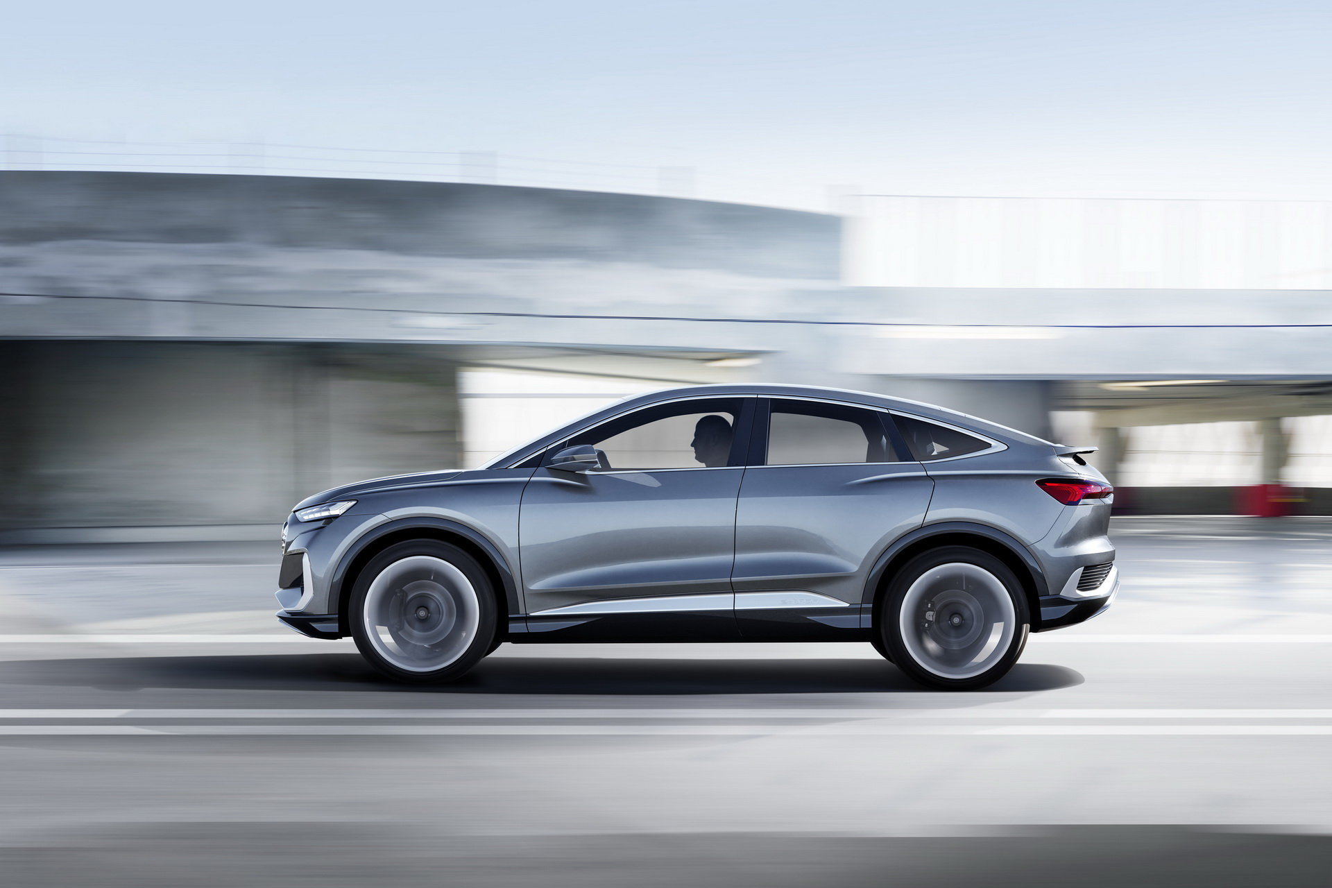 Audi-Q4-e-tron-Sportback-Concept-9