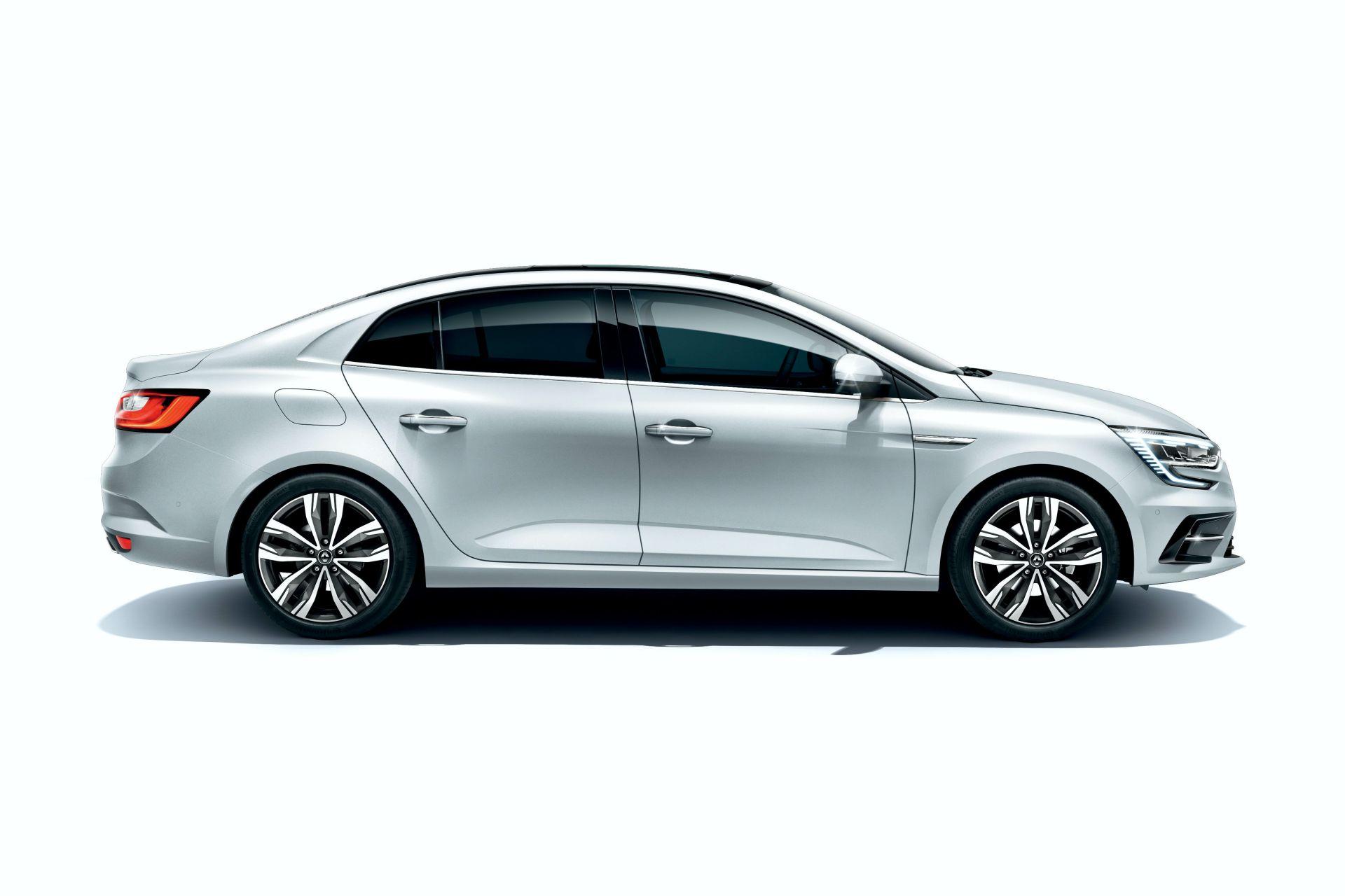 2021-Renault-Megane-Sedan-facelift-9