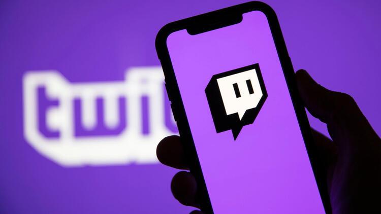Twitch, oyun yayınında lider olsa da, Youtube ve Facebook hızla yetişiyor