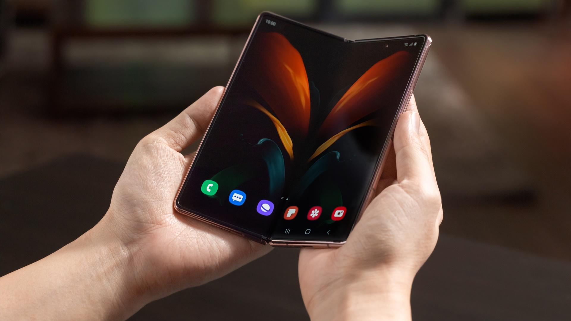 Samsung Galaxy Fold 3, ekran altı kamerayla gelebilir!