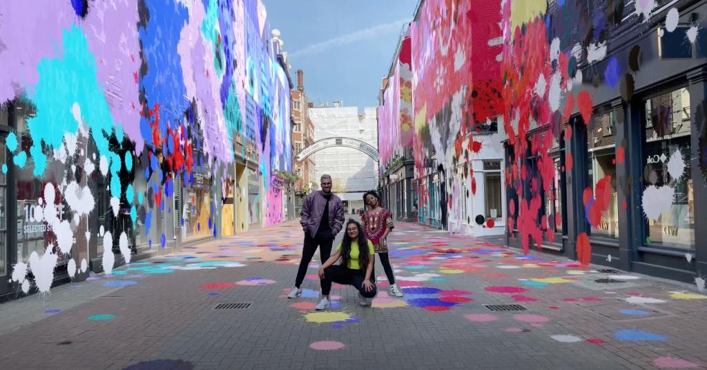 Snapchat, İlk 'Yerel Lens' işbirliğine dayalı AR Deneyimini başlattı