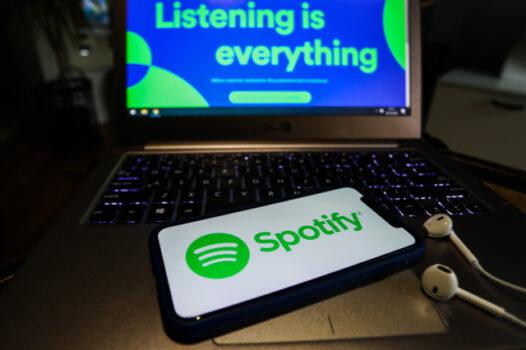 Spotify, sanatçıların ve plak şirketlerinin şarkıları önerilerde tanıtmasına izin verecek