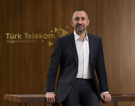 Türk Telekom CEOsu Ümit Önal