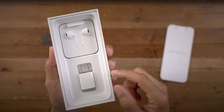 iPhone Kutu İçeriği